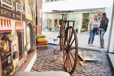 Cloppenburg, historische Radausstellung in der Innenstadt