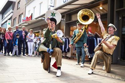 Cloppenburg, Straßenkultur in der Fußgängerzone